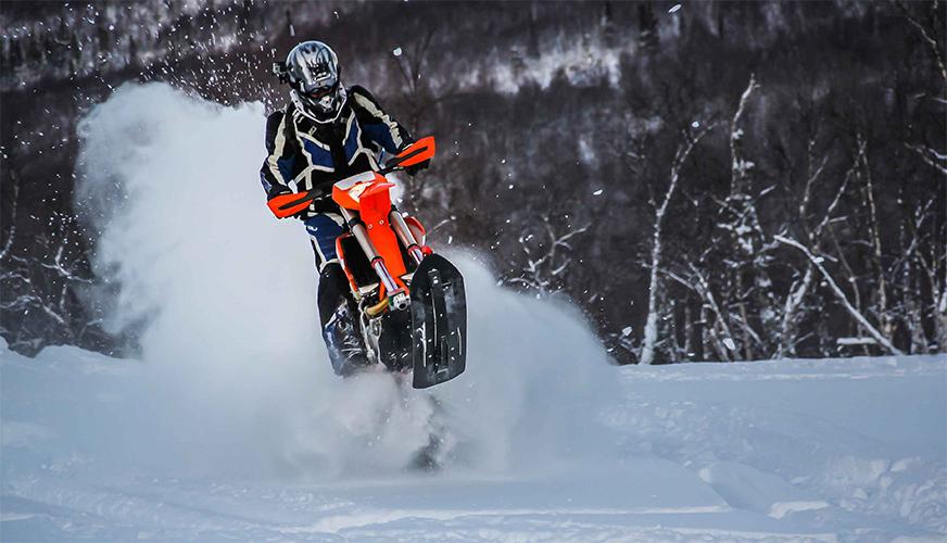 Svenskt företag skapar banddriven motorcykel