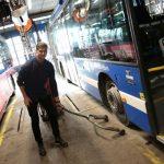 Höga krav på bussdäck